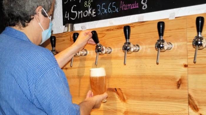 Miel, cerveza y vermut protagonizan las próximas catas de los empresarios del Alto Gállego. (FOTO: Rebeca Ruiz)