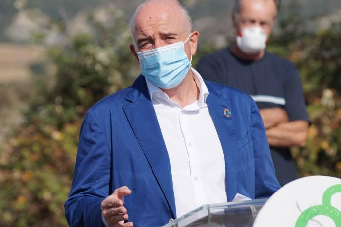 PRESENTACIÓN. Intervención de Félix Arrizabalaga, gerente de Atades. (FOTO: Rebeca Ruiz)