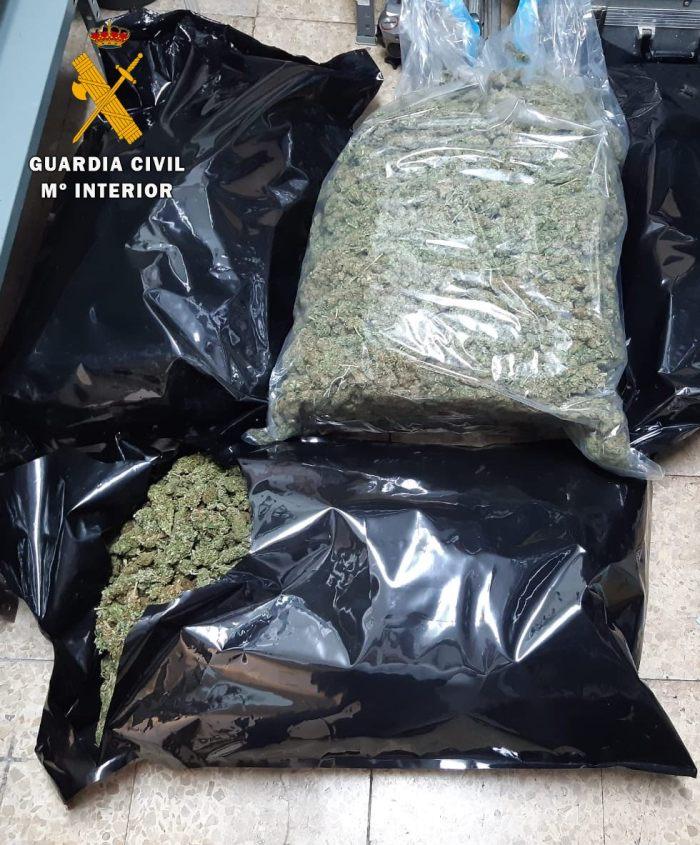 Marihuana incautada (FOTO: Guardia Civil)