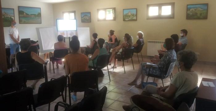 ENCUENTRO. Participantes en el proyecto Pueblos Vivos. (FOTO: Comarca de la Jacetania)