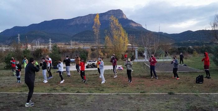 El Club de Boxeo Conradi se reinventa y traslada los entrenamientos al las pistas del Llano de la Victoria. (FOTO: Rebeca Ruiz)