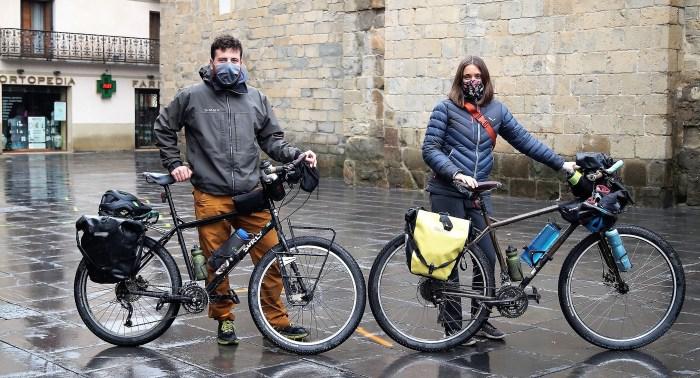 En Route Creative Nomade: Hugo Perrin y Sarah Andrade. (FOTO: Rebeca Ruiz)