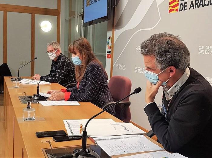 Un momento de la rueda de prensa en la que se han anunciado las nuevas medidas, entre ellas, las limitaciones de actividades y los horarios de cierre de hostelería y comercio. (FOTO: Gobierno de Aragón)