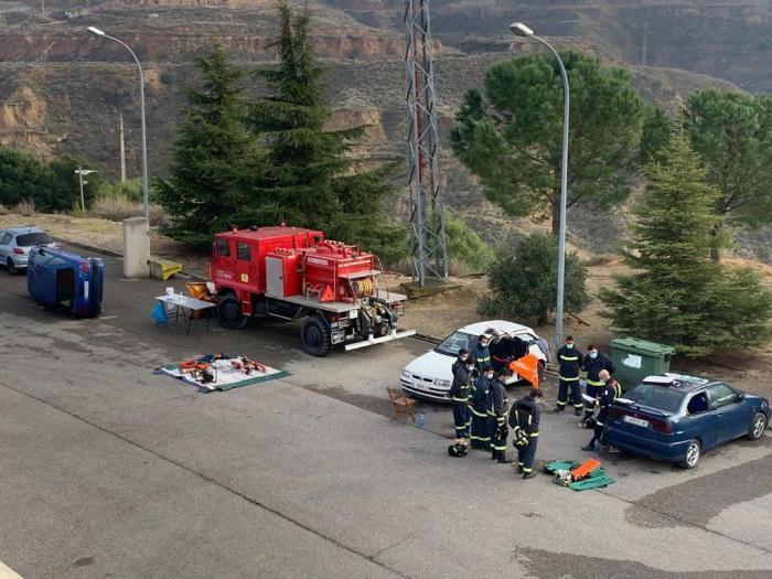 Formación de los efectivos del servicio provincial de Prevención, Extinción de Incendios y Salvamento de Huesca. (FOTO: DPH)