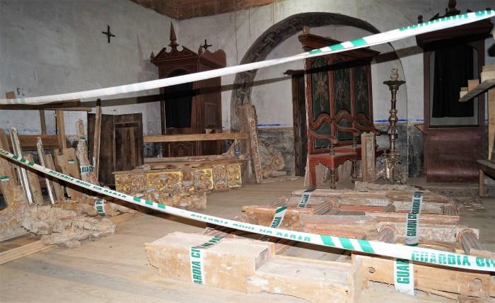 Retablos de la ermita de La Esperanza, en la iglesia del Salvador de Villarreal. (FOTO: Rebeca Ruiz)