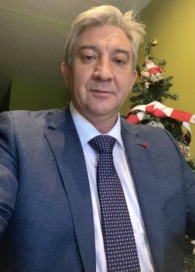 José Ángel Hierro.