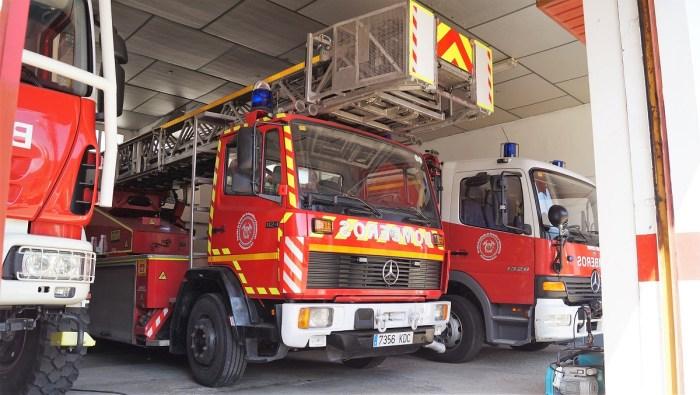 Jacetania y Alto Gállego apoyan la entrada de sus trabajadores en el nuevo servicio de bomberos. En la imagen de archivo, vehículos de los bomberos de Jaca. (FOTO: Rebeca Ruiz)