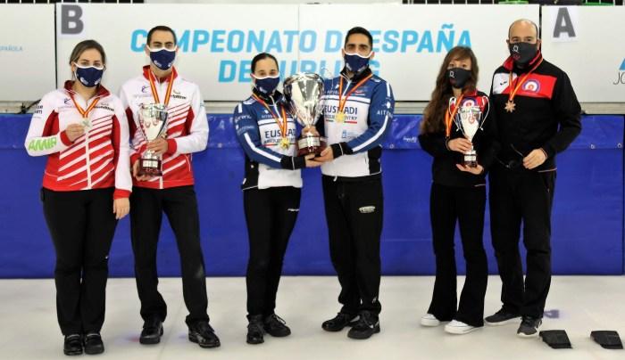El Curling CH Jaca conquista el bronce en el campeonato de España de Dobles Mixtos.