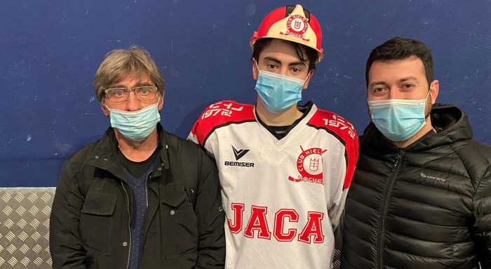 Ismael Escartín, elegido MVP por sus compañeros. (FOTO: Club Hielo Jaca)