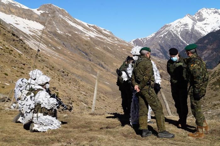 El Infierno Blanco pone a prueba a las Tropas de Montaña en el corazón del Valle de la Ripera. (FOTO: Rebeca Ruiz)