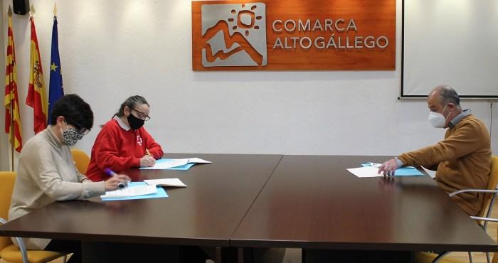 Cruz Roja, Cáritas y la Comarca Alto Gállego se unen para paliar los efectos del COVID en la zona.