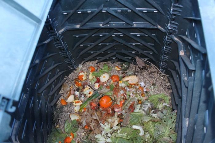 La Comarca Alto Gállego ha distribuido ya 150 compostadoras domésticas. (FOTO: Comarca Alto Gállego)