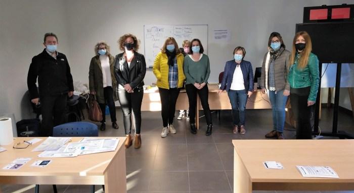 La cultura ucraniana y la autoestima, a análisis en el Centro de Adultos Jacetania. (FOTO: CPEPA Jacetania)