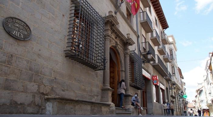 El Gobierno de Aragón ha anunciado que Jaca permanecerá confinada perimetralmente al menos un mes más. (FOTO: Rebeca Ruiz)