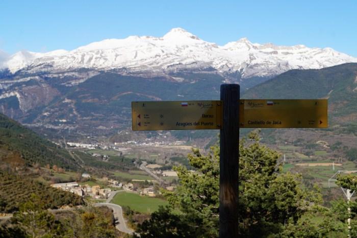 Pirineo y Prepirineo Aragonés se unen en la promoción turística del territorio. Las comarcas de La Jacetania (en la imagen) y Alto Gállego irán a las ferias más importantes como destino conjunto. (FOTO: Rebeca Ruiz)