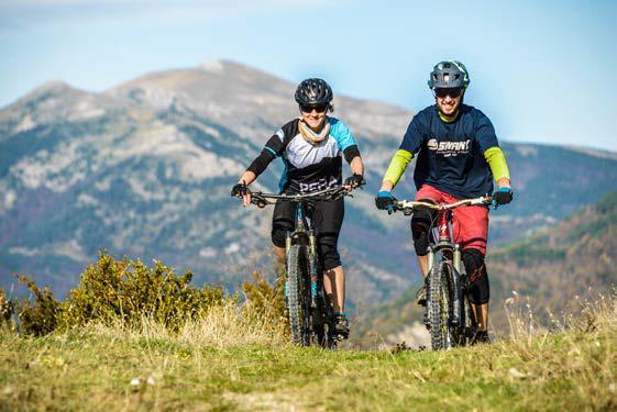El Valle de Hecho adecúa y señala 150 kilómetros de rutas BTT con el proyecto Los Valles On Bike. (FOTO: Los Valles On bike/Sergio Padura)