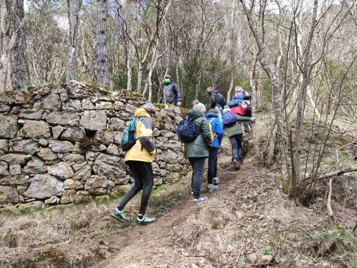 Paseos en familia para conocer los búnkeres de la Línea P o barrancos, en la agenda de Canfranc. (FOTO: Manuel Bueno)