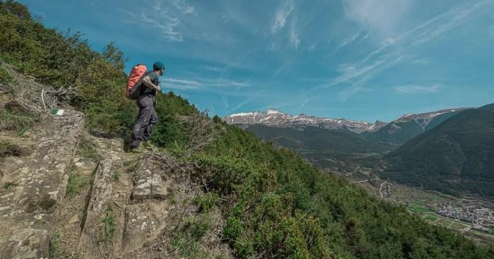 Villanúa pone a un click una veintena de rutas y propuestas senderistas por el Valle del Aragón. (FOTO: Turismo Villanúa/Yhabril Moro)