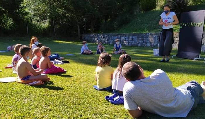 Vuelve a 13 pueblos de La Jacetania la Escuela de Cuentos ¡Al aire libro! de Unpuntocurioso