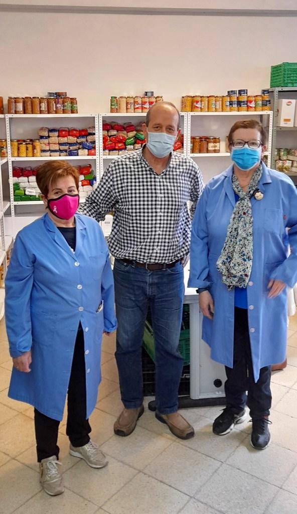 La fábrica de Ercros en Sabiñánigo dona 840 kilos de alimentos a Cáritas