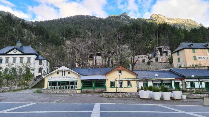 La Casa del Reloj, a la izquierda de la imagen. (FOTO: Rebeca Ruiz)
