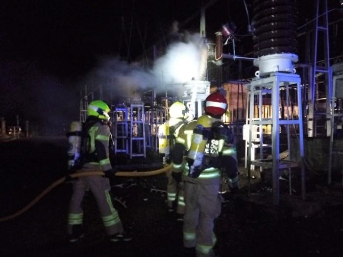 Susto por un incendio en la subestación eléctrica de Jaca Sur. (FOTO: DPH)