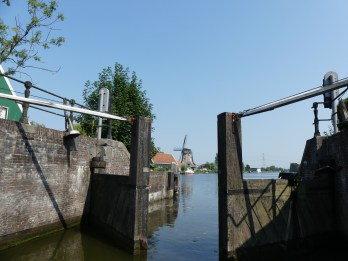 Nauerna lock