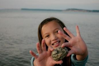 pretty rocks makes kids happy