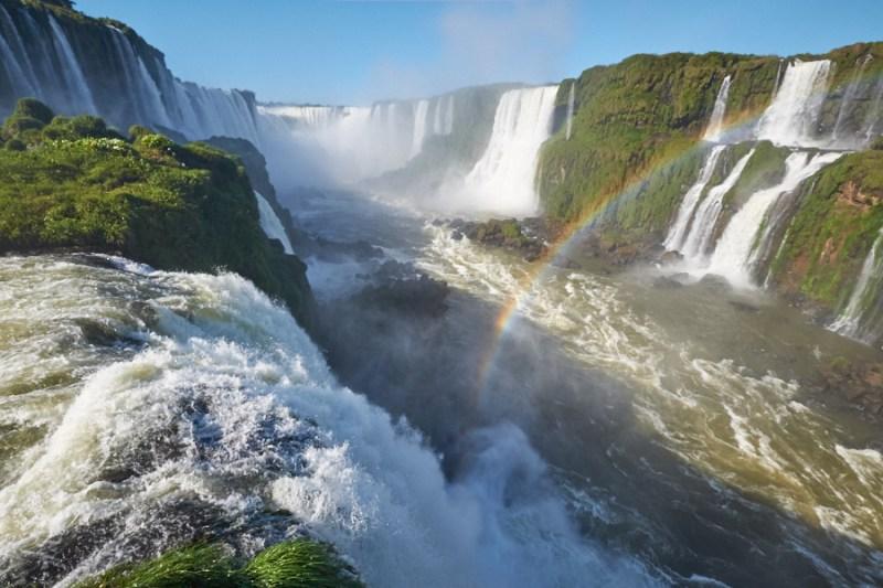 Des chutes d'Iguaçu au Brésil à Montevideo en Uruguay