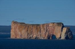 Il est percé le rocher à Perce