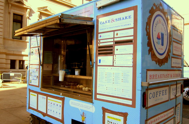 Cupcake and Milkshake food cart in New York City