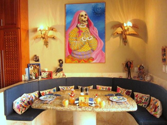 The breakfast nook in La Casa de Los Venados