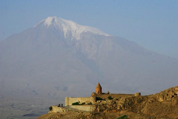 Armenia by Retlaw Snellac
