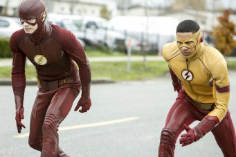 """The Flash -- """" Untouchable"""" -- FLA312b_0041b.jpg -- Pictured (L-R): Grant Gustin as The Flash and Keiynan Lonsdale as Kid Flash -- Photo: Bettina Strauss/The CW -- © 2017 The CW Network, LLC. All rights reserved."""