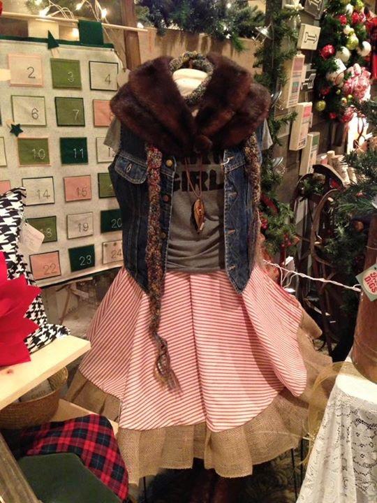 Stripe Linen Christmas Tree 'Skirt'!