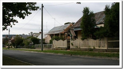 A streetscape in Creswick. Apart from the power pole, as it was in the 1850s