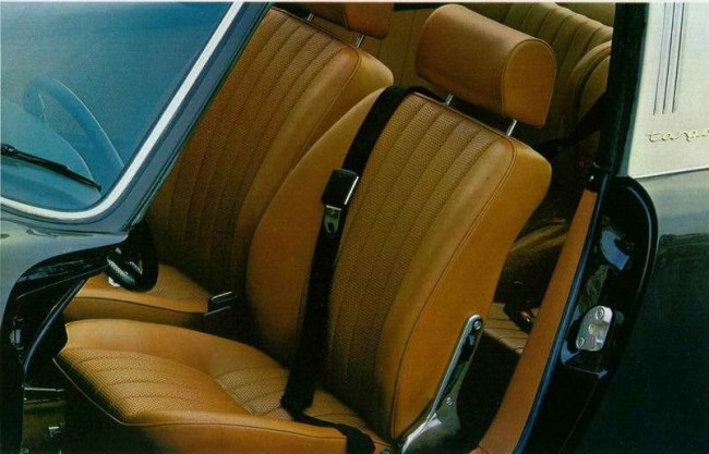 1969 Targa interior, from the brochure