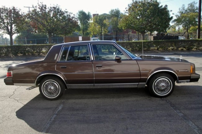 1983 Bonneville 09