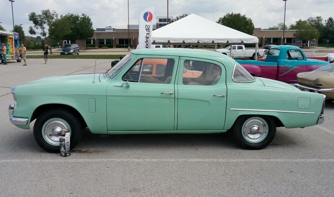 1953 Studebaker sedan
