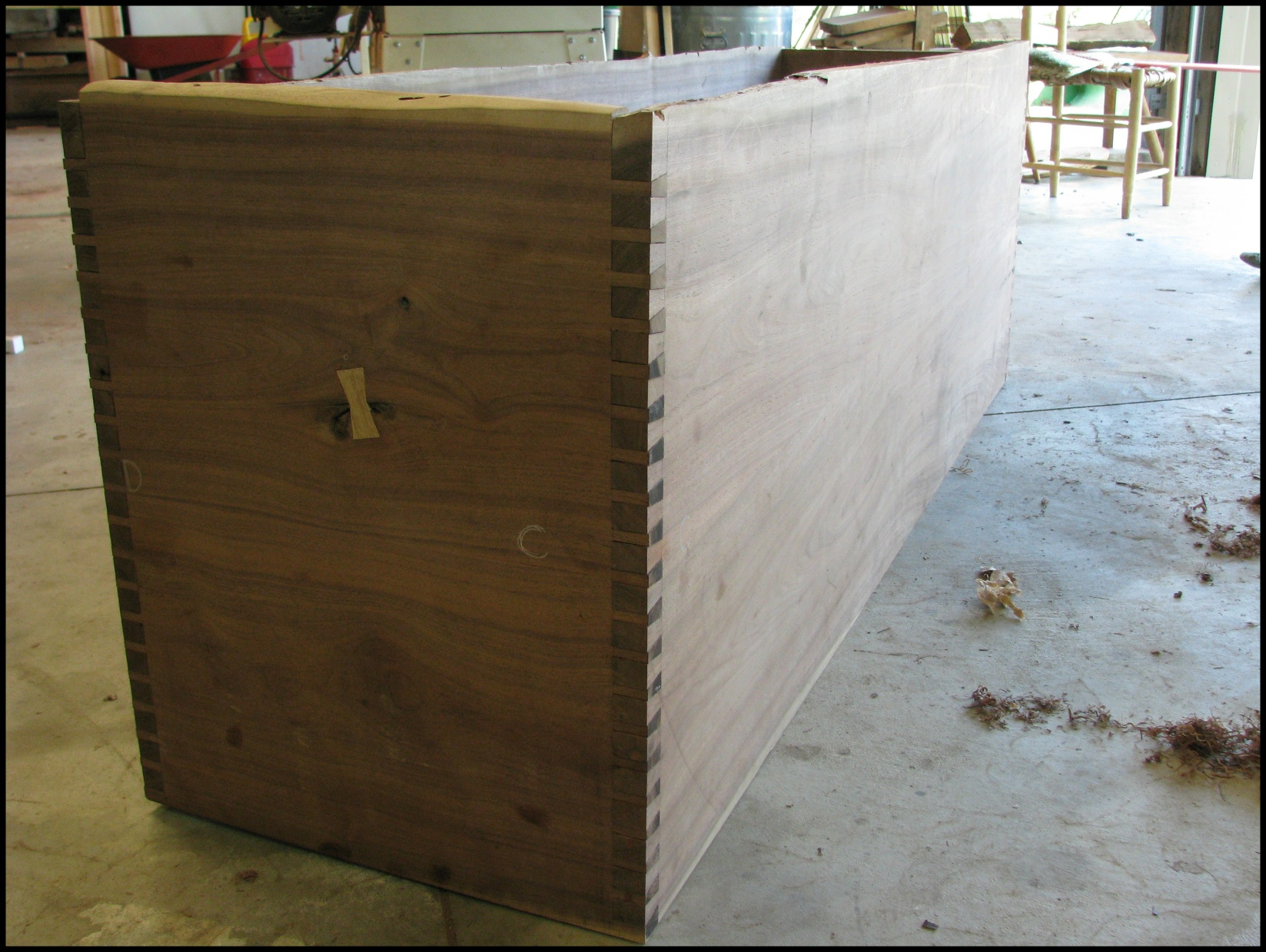 walnut bed 1