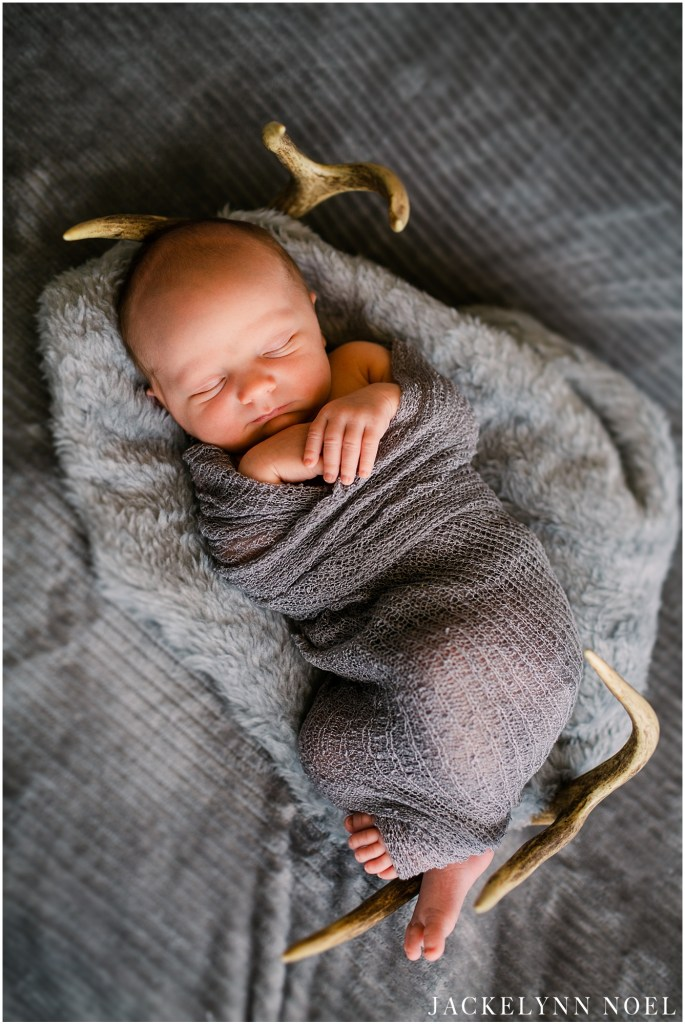 At home newborn, lifestyle session by Jackelynn Noel Photography in O'Fallon, Missouri