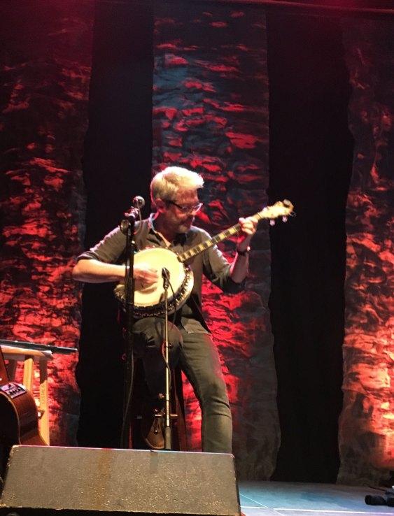 Seamus Egan on Banjo