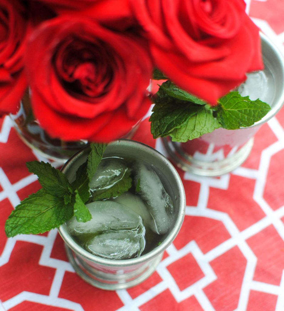 closeup of mint julep_