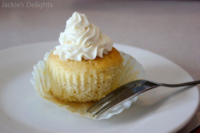 tres leches cupcakes.8