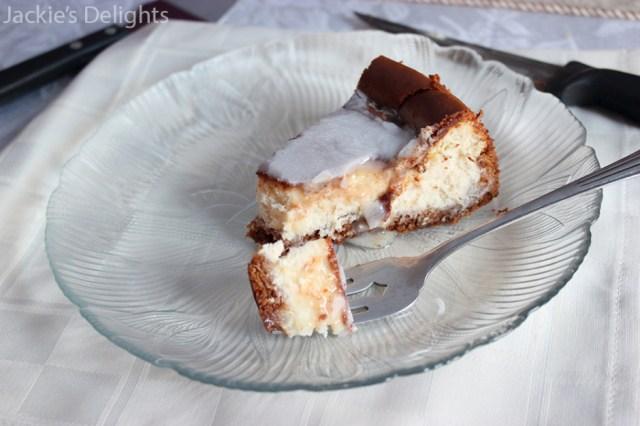 cheesecake with graham crust.7
