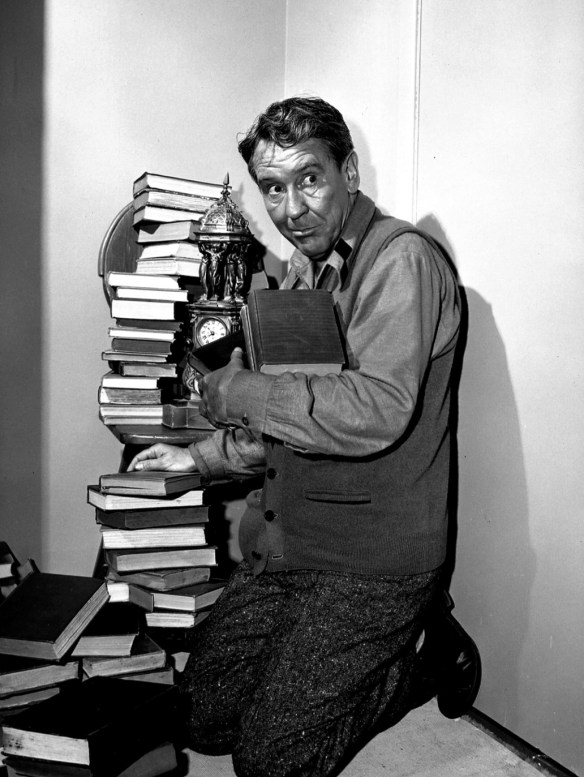 burgess_meredith_the_twilight_zone_1961-the-obsolete-man.jpg?w=490&h=651