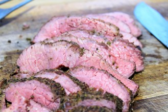PEPPERED ROAST BEEF JOINT