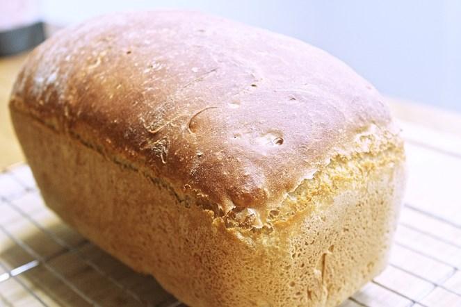 white bread 1