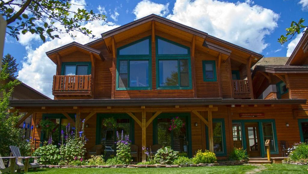 Alpine House  Jackson WY  Inn  Cottages  Lodging
