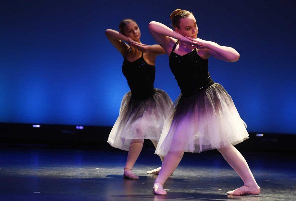 dance jackson school of